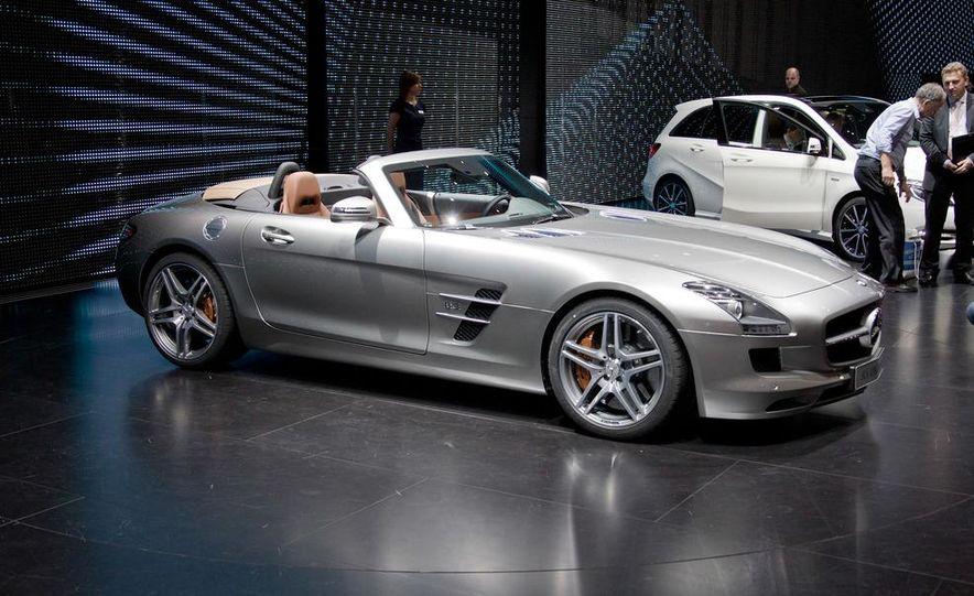 2012 Mercedes-Benz SLS AMG roadster - Slide 3