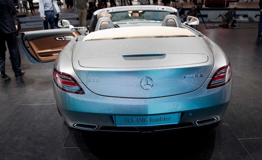 2012 Mercedes-Benz SLS AMG roadster - Slide 6