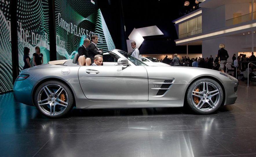 2012 Mercedes-Benz SLS AMG roadster - Slide 8