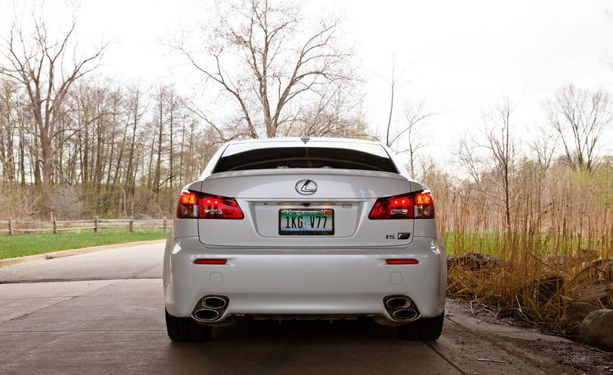 2011 Lexus IS F - Slide 9