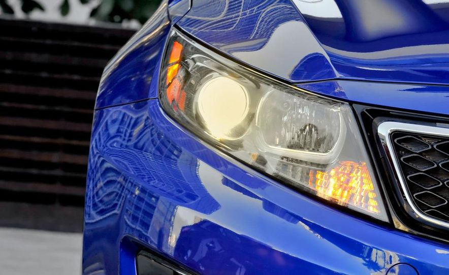 2011 Kia Optima SX Turbo - Slide 15