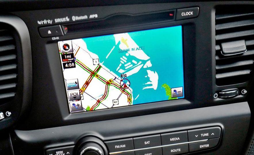 2011 Kia Optima SX Turbo - Slide 20