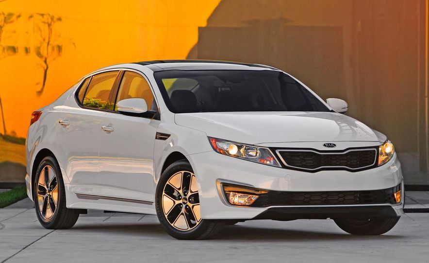 2011 Kia Optima hybrid - Slide 7