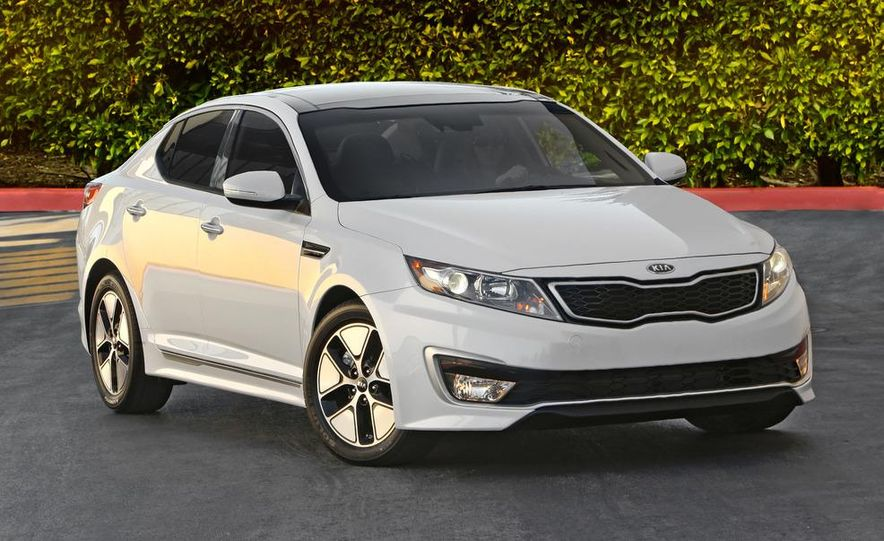 2011 Kia Optima hybrid - Slide 11