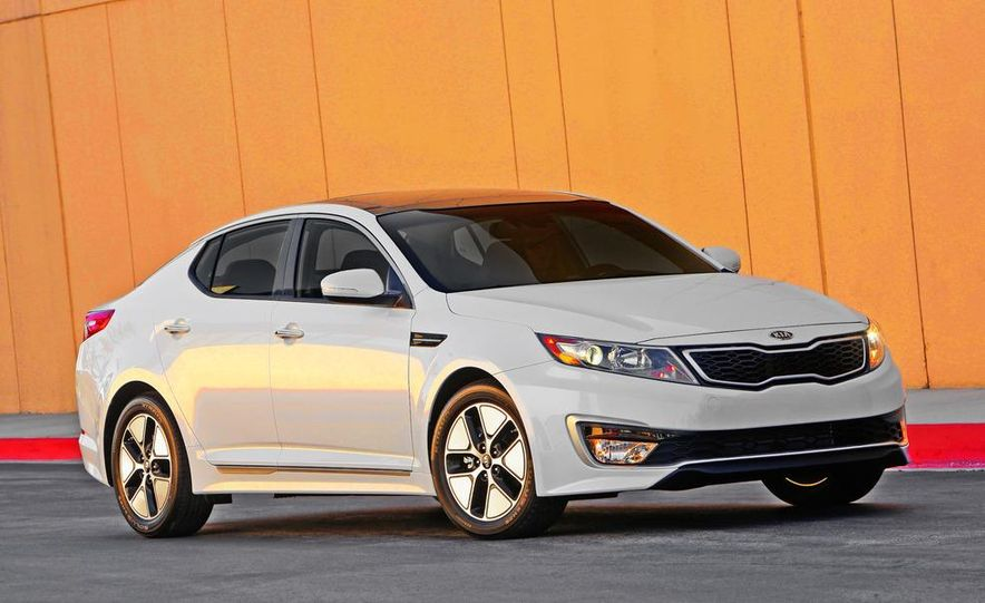 2011 Kia Optima hybrid - Slide 14