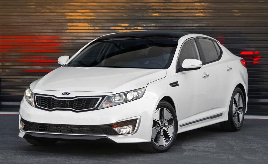 2011 Kia Optima hybrid - Slide 15