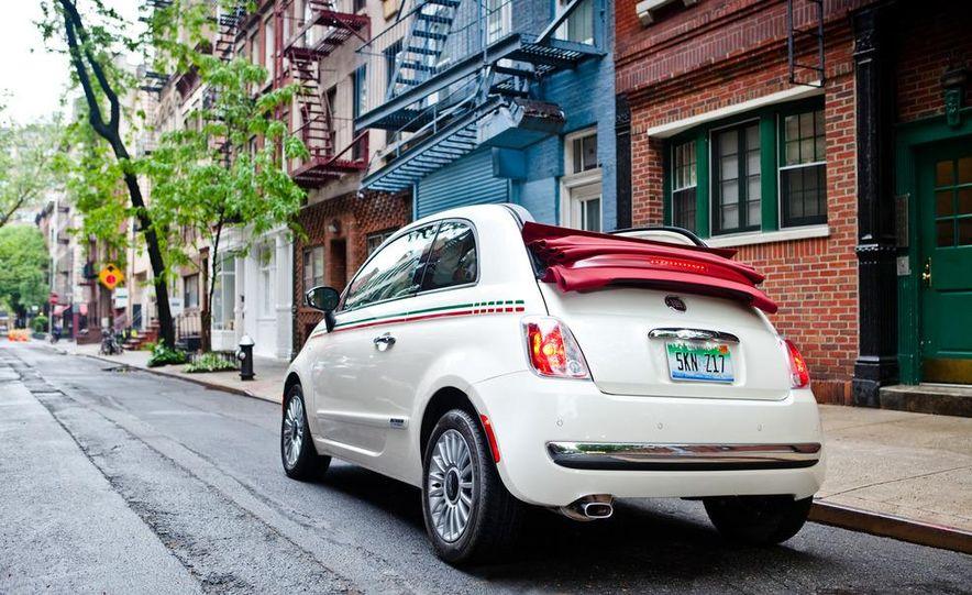2012 Fiat 500C Cabrio - Slide 23