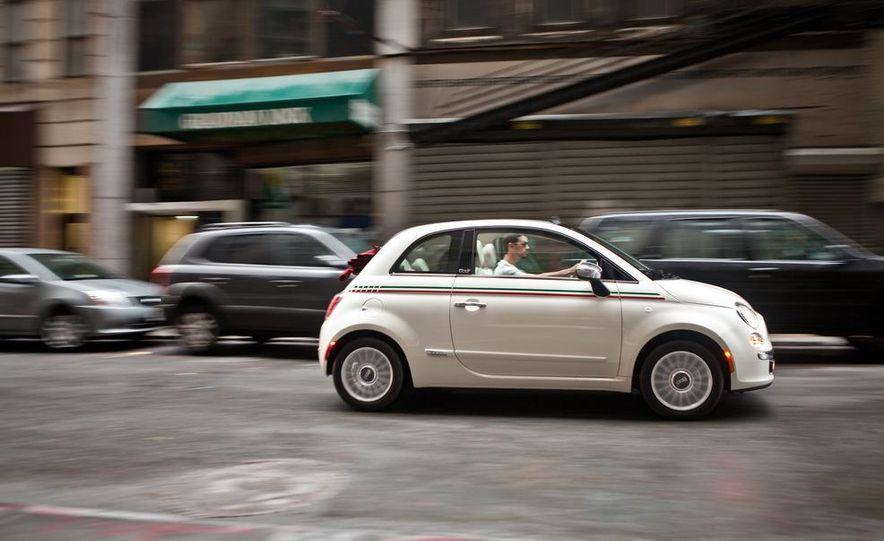 2012 Fiat 500C Cabrio - Slide 28
