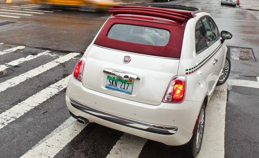 2012 Fiat 500C Cabrio - Slide 30