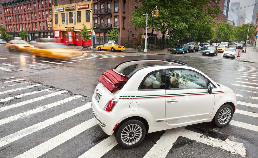 2012 Fiat 500C Cabrio - Slide 32
