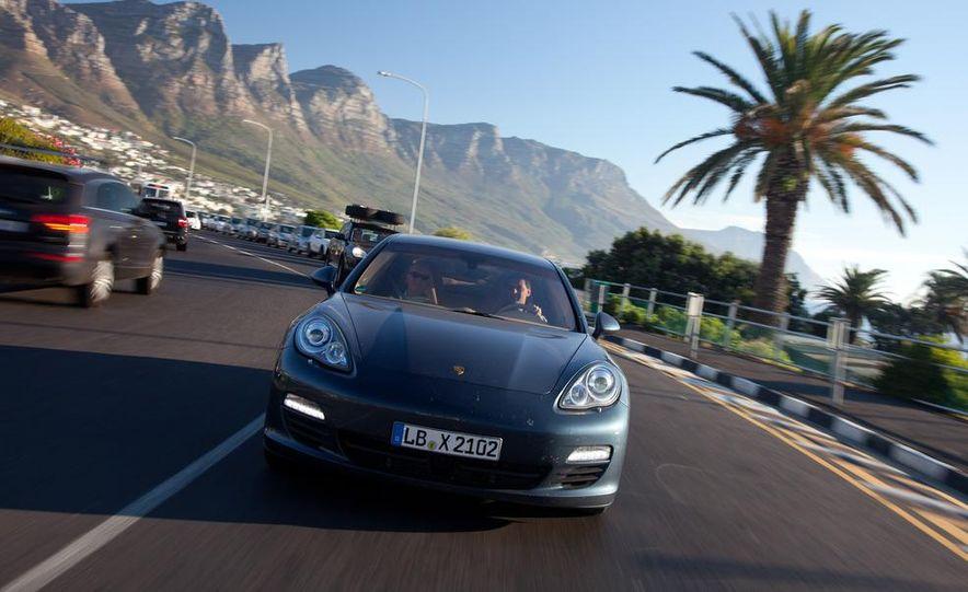 2012 Porsche Panamera S hybrid - Slide 2