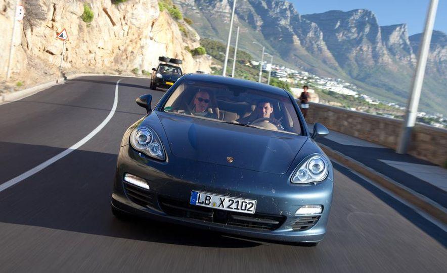 2012 Porsche Panamera S hybrid - Slide 3