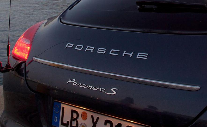 2012 Porsche Panamera S hybrid - Slide 23