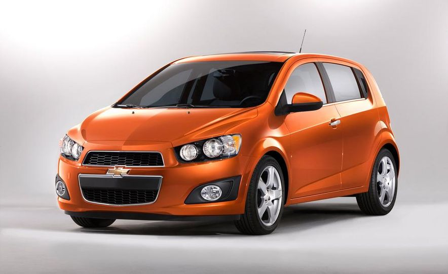 2012 Chevrolet Sonic 5-door - Slide 9