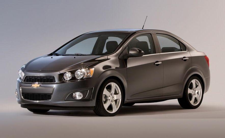 2012 Chevrolet Sonic 5-door - Slide 21