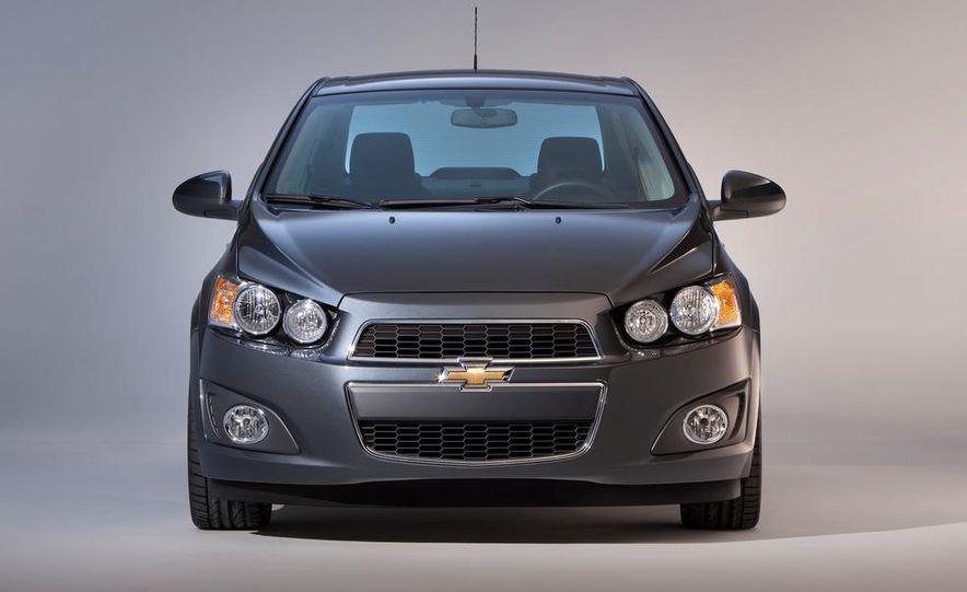 2012 Chevrolet Sonic 5-door - Slide 22