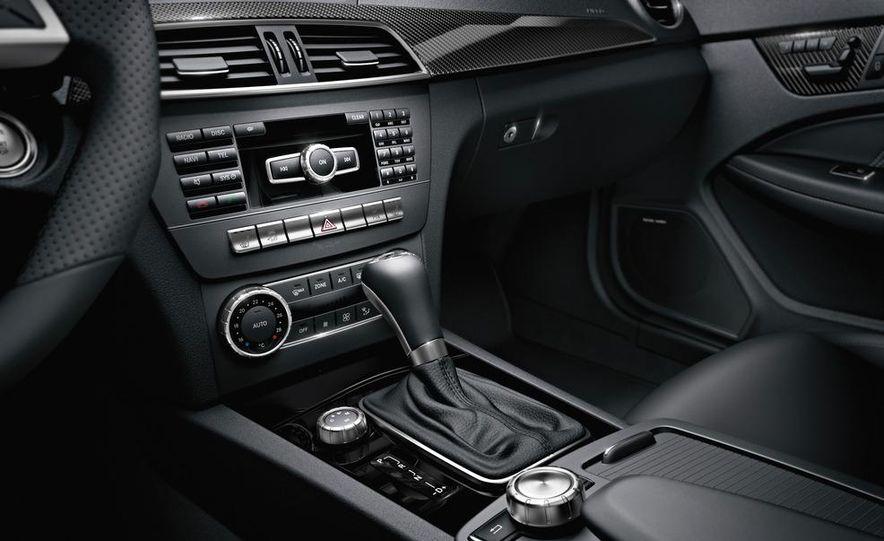 2012 Mercedes-Benz C63 AMG coupe - Slide 27