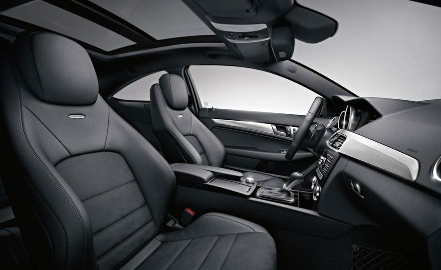 2012 Mercedes-Benz C63 AMG coupe - Slide 44