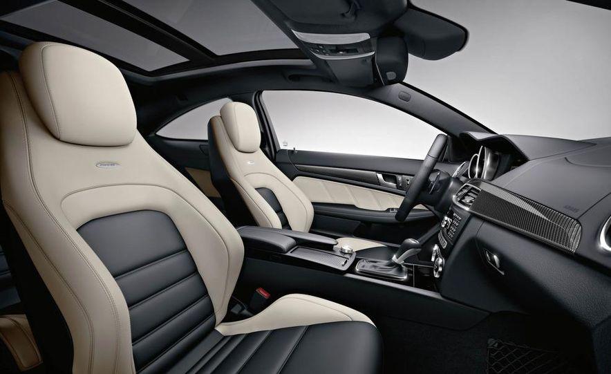 2012 Mercedes-Benz C63 AMG coupe - Slide 45