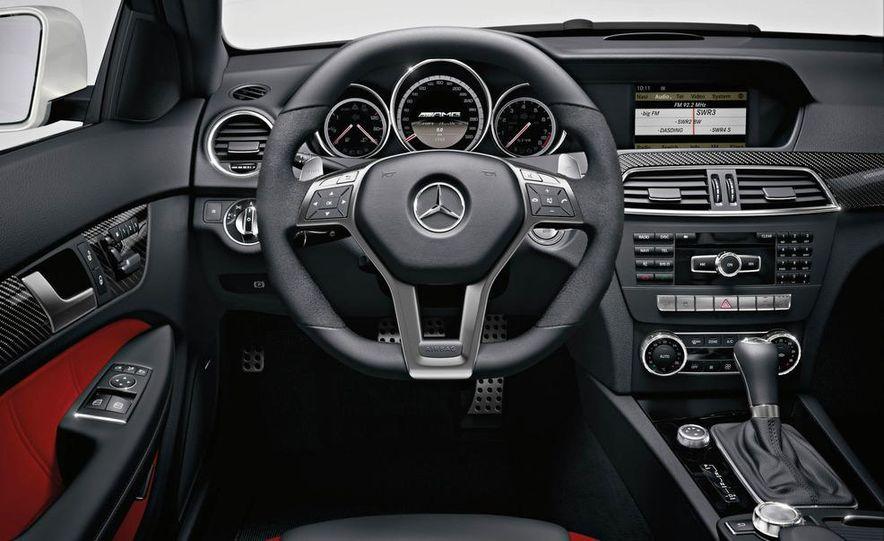 2012 Mercedes-Benz C63 AMG coupe - Slide 47