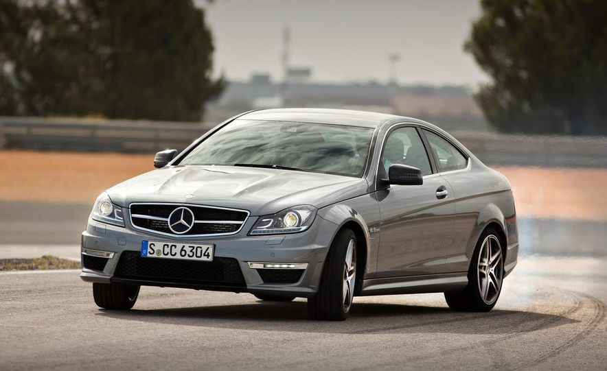 2012 Mercedes-Benz C63 AMG coupe - Slide 1