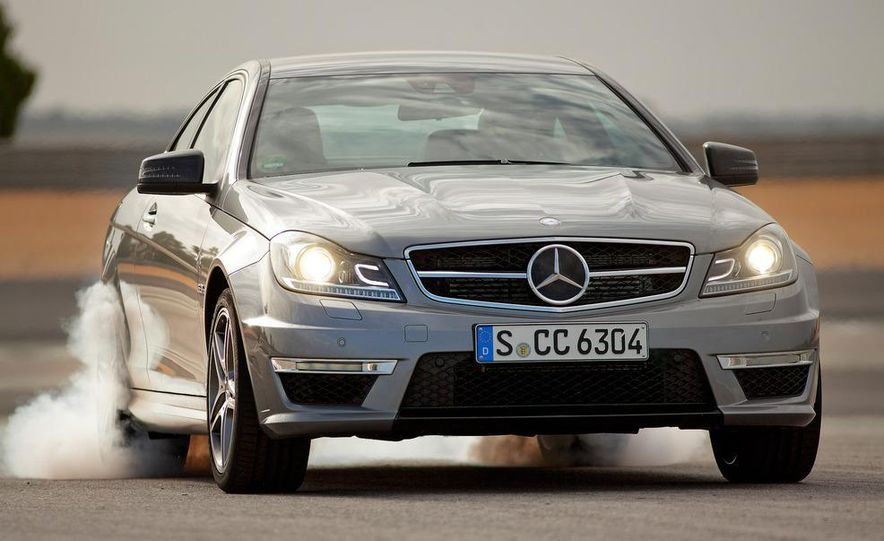 2012 Mercedes-Benz C63 AMG coupe - Slide 11