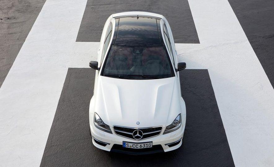 2012 Mercedes-Benz C63 AMG coupe - Slide 26