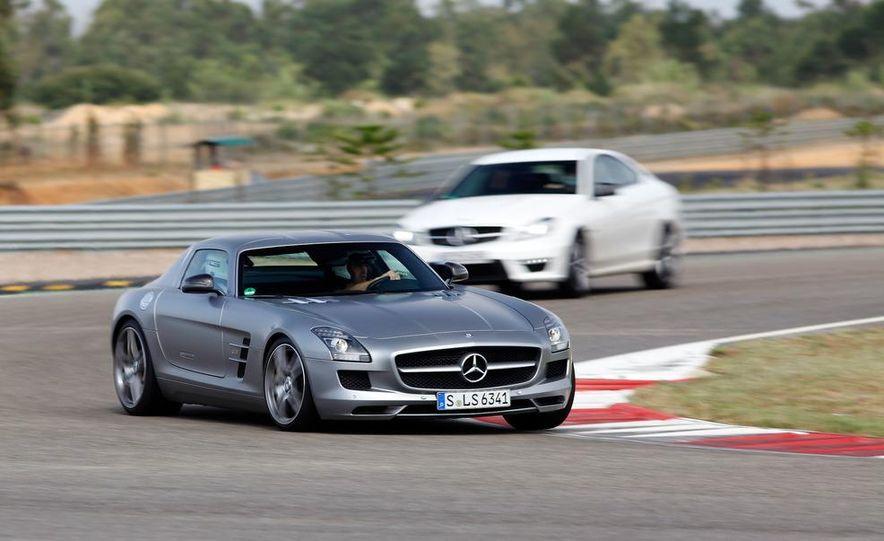 2012 Mercedes-Benz C63 AMG coupe - Slide 19