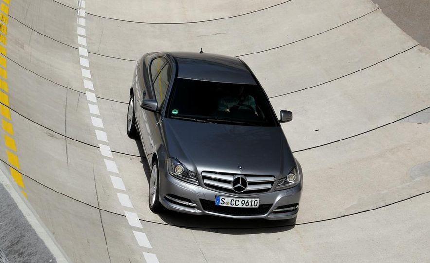 2012 Mercedes-Benz C350 coupe - Slide 15