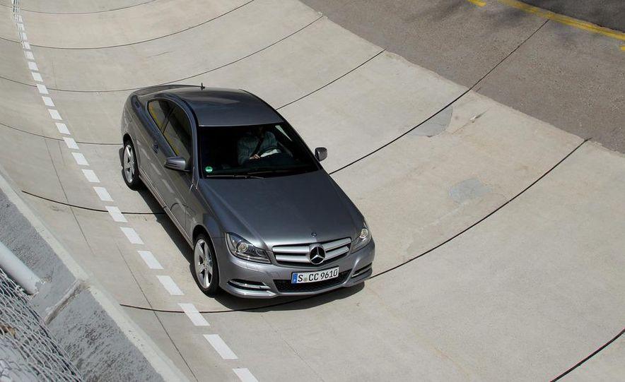 2012 Mercedes-Benz C350 coupe - Slide 16
