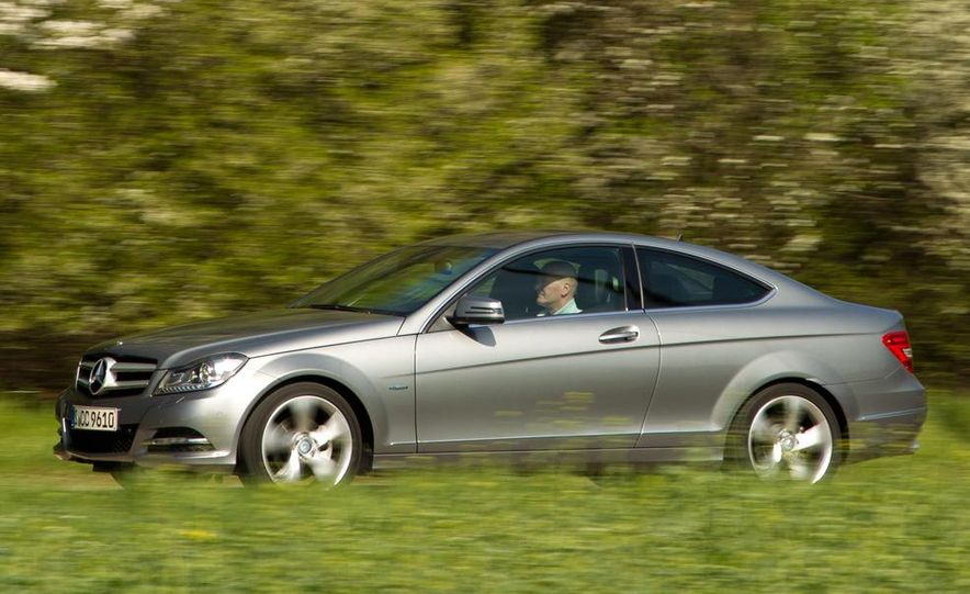 2012 Mercedes-Benz C350 coupe - Slide 22