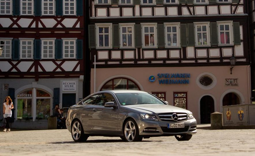 2012 Mercedes-Benz C350 coupe - Slide 24