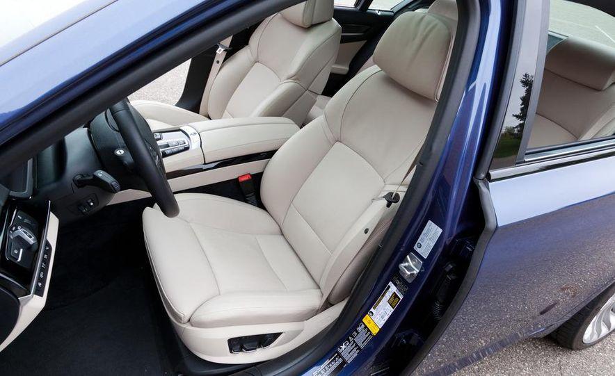 2011 BMW Alpina B7 xDrive - Slide 16