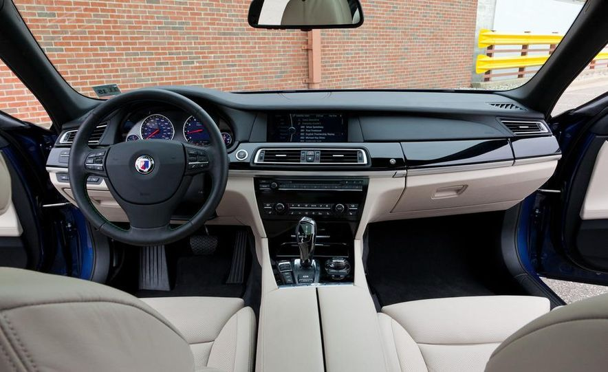 2011 BMW Alpina B7 xDrive - Slide 17