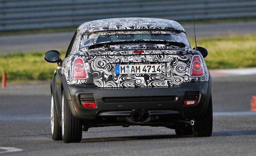 2012 Mini John Cooper Works Coupe - Slide 15