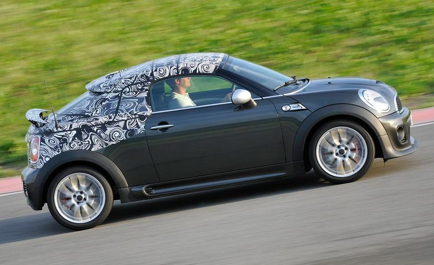 2012 Mini John Cooper Works Coupe - Slide 16