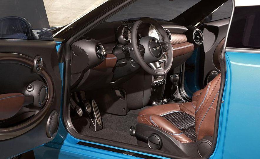 2012 Mini John Cooper Works Coupe - Slide 57