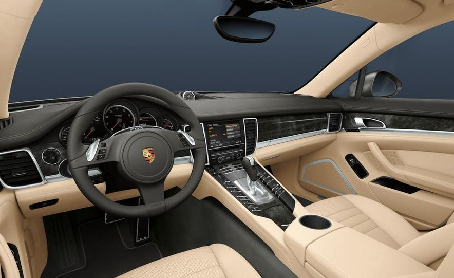 2012 Porsche Panamera Turbo S - Slide 36