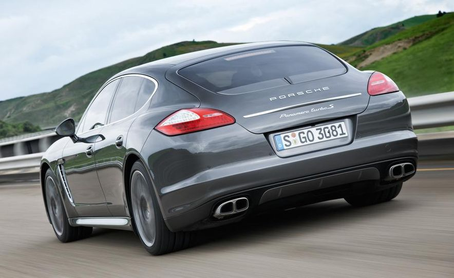 2012 Porsche Panamera Turbo S - Slide 11