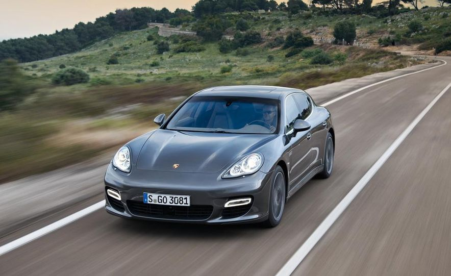 2012 Porsche Panamera Turbo S - Slide 19