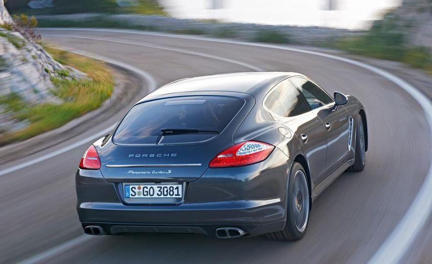 2012 Porsche Panamera Turbo S - Slide 20