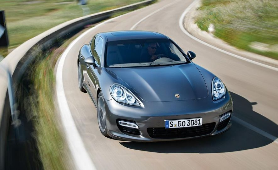 2012 Porsche Panamera Turbo S - Slide 22