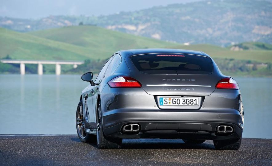 2012 Porsche Panamera Turbo S - Slide 29