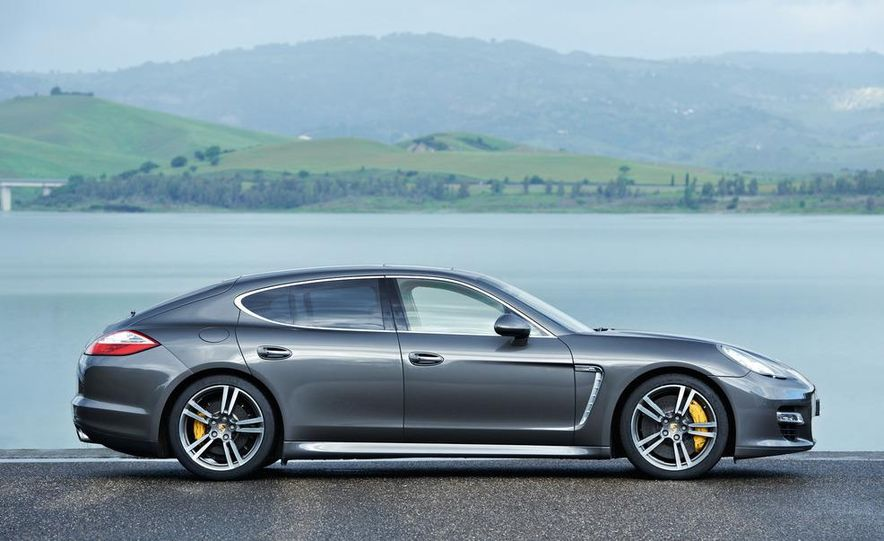 2012 Porsche Panamera Turbo S - Slide 31