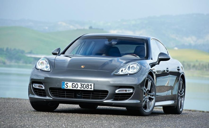 2012 Porsche Panamera Turbo S - Slide 32