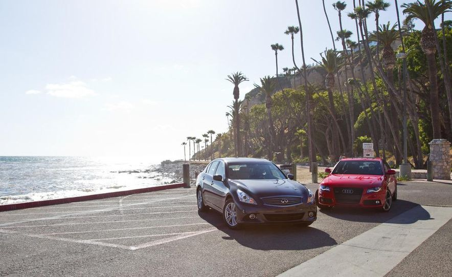 2011 Ford Mustang convertible and 2011 Chevrolet Camaro convertible - Slide 20