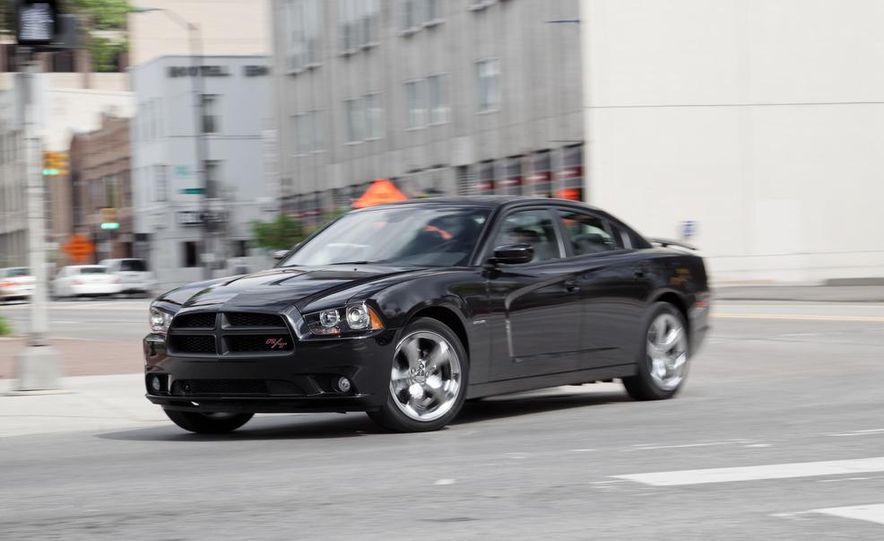 2011 Dodge Charger R/T - Slide 7
