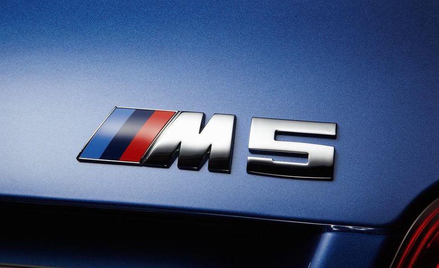 2012 BMW M5 - Slide 69