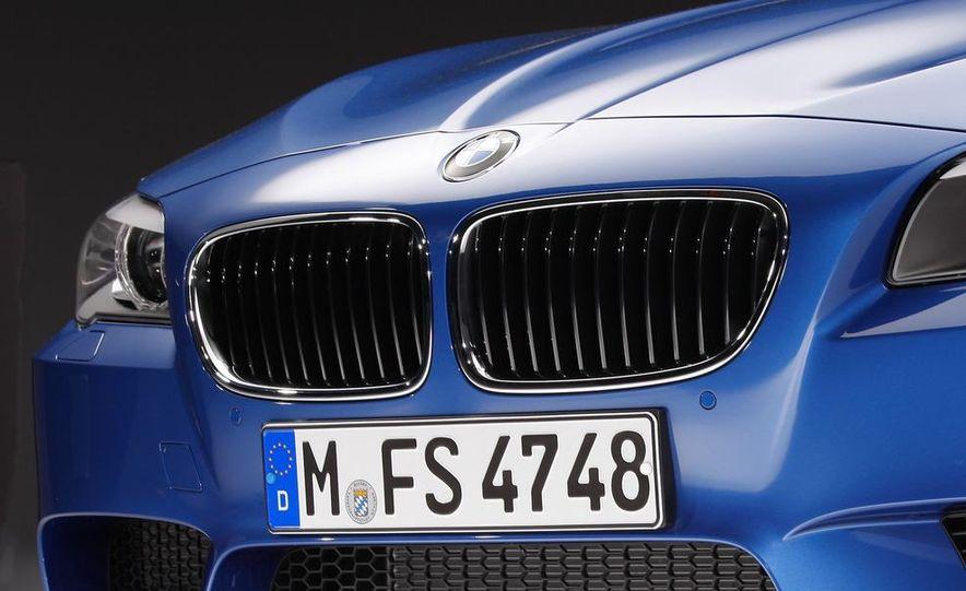 2012 BMW M5 - Slide 59