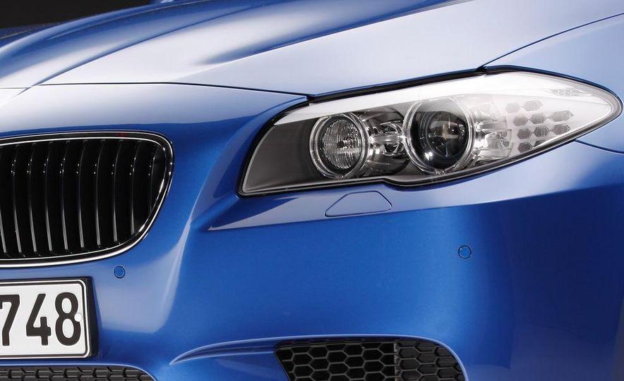 2012 BMW M5 - Slide 60